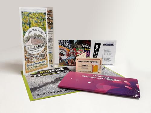Mit individuell gestalteten und fein gedruckten Einladungenoder Tischkärtchen zu jedem Anlass machen Sie Ihre Feierzu einem besonderen Erlebnis.